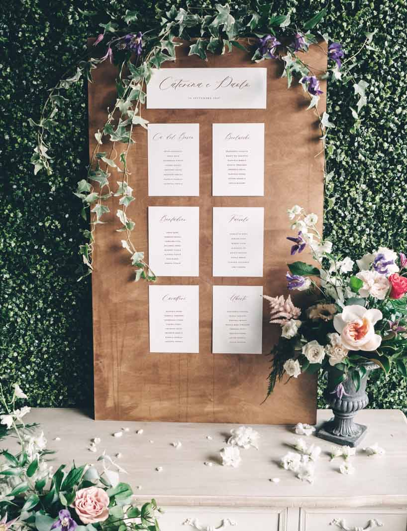 Tableau-de-mariage-wedding-matrimonio-nozze-tavoli-cartoncini-2020-elegante-moderno-fiori
